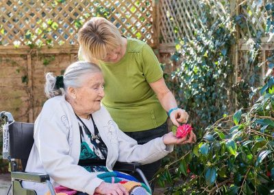 Bristol Care Homes Beech House Thornbury BS35 garden